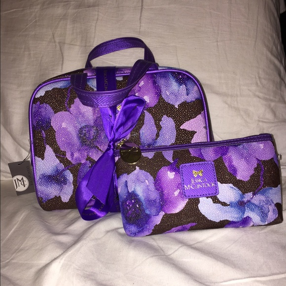 365b579304 Jessica McClintock lavender cosmetic case set. NWT