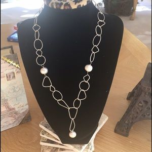 Necklace in Sterling Silver with Pearls