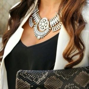 NWT Retail White Tiles Bib Statement Necklace
