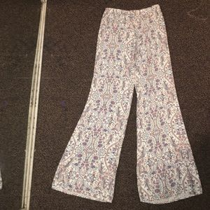 NWT Brandy Melville flowy pants (ONE SIZE)