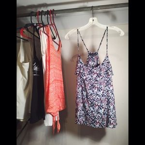 American Eagle Outfitters Tops - REDUCED❗️American Eagle Floral Tank Top