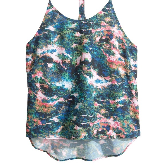 H&M Tops - NEW H&M summer paint print high-low tank