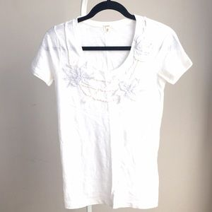 J. Crew Tops - NEW JCrew white t-shirt w 3D floral collar design