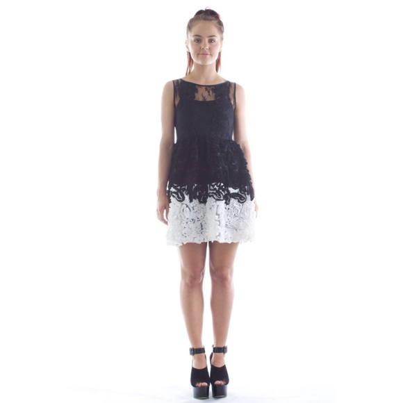 elliatt Dresses | Twisted Rose Black White Prom Dress | Poshmark