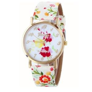 Accessories - Woman's Floral Watch NWOT 💕❤️💕