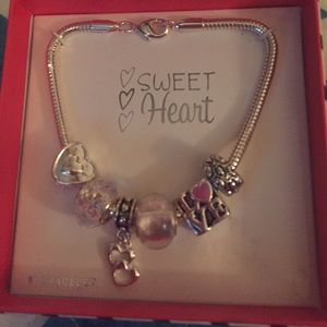 Sweetheart Charm Bracelet 4 of 4