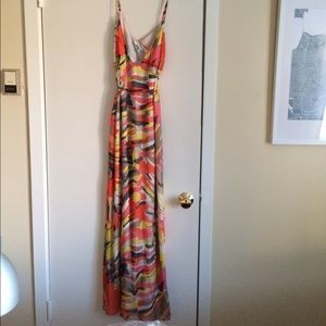 Collective Concepts Dresses & Skirts - 🎉HP🎉BEAUTIFUL long silk multicolored maxi dress