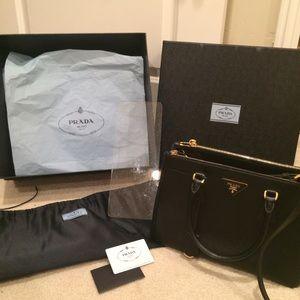 150681e3af Prada Bags - Prada Saffiano Lux Double Zip Black Tote Small