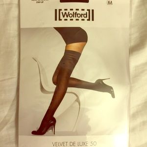 Wolford Accessories - Wolford velvet deluxe stay ups