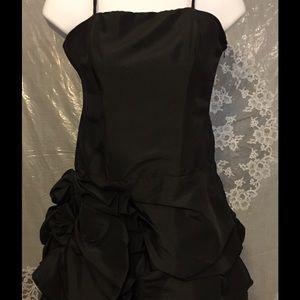 Moa Moa Dresses & Skirts - 🎉‼️ NEW Arrival 🎉‼️ Moa Black Bubble Mini
