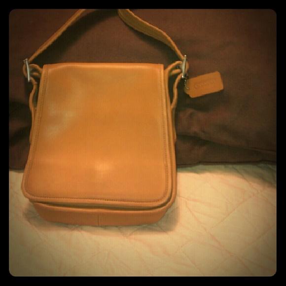 coach bags vintage saddlebag style shoulder bagcaramel poshmark rh poshmark com