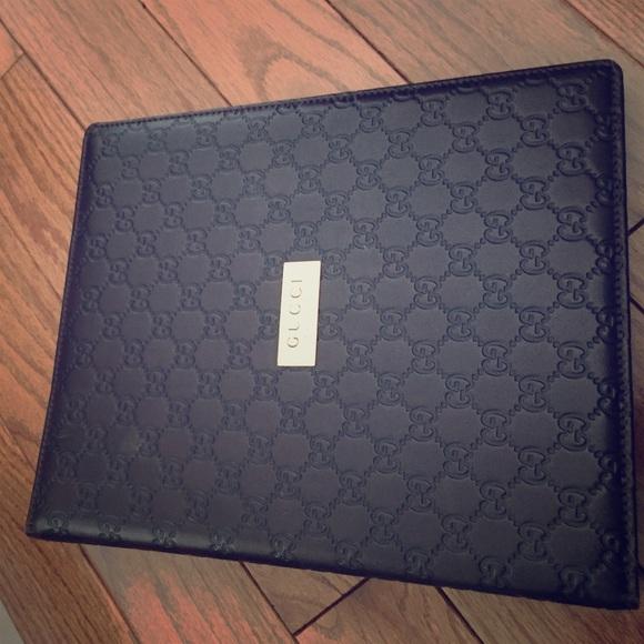 Gucci Brown Leather Binder