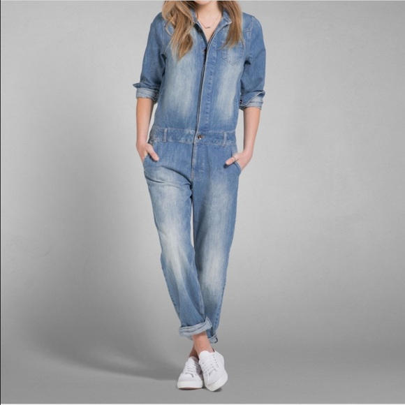 8be44469c462 Abercrombie and Fitch denim jumpsuit