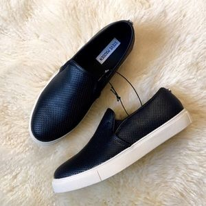 Steve Madden black slip on sneakers