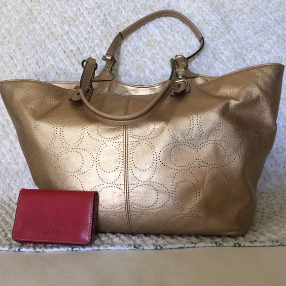 Coach Bags   Vguc Carly Tote In Gold With Silver Hardware   Poshmark c241d888b3