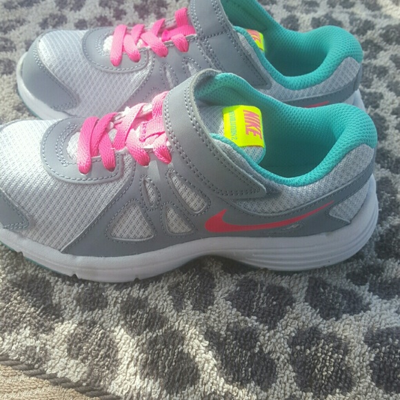 nike tennis shoes for babies