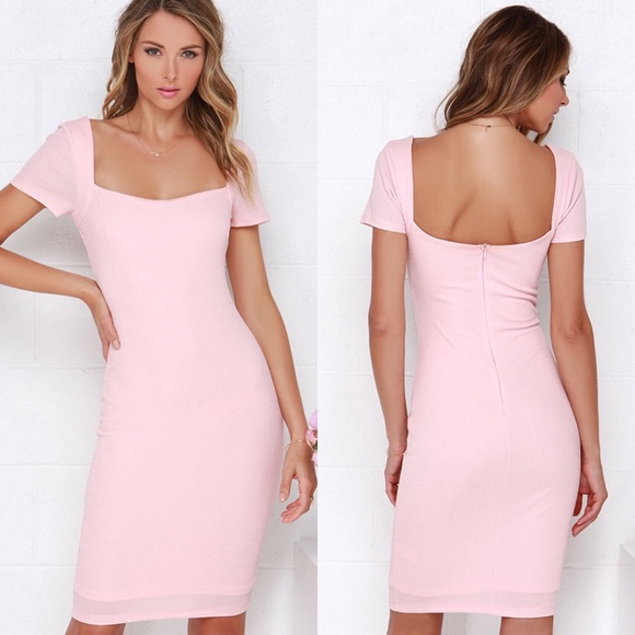 f97517e5027e Lulu s Dresses   Skirts - NWOT! Lulu s Pale Pink Bodycon Midi Dress X
