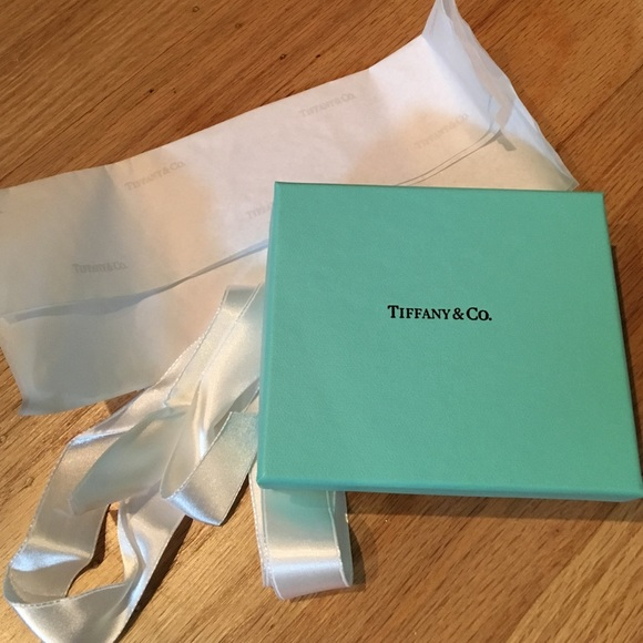 44b88e3f51 Tiffany & Co. Box, Ribbon, & Tissue Paper. M_56df37306a5830a50c021df2