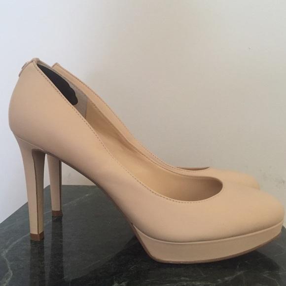 82% off Ivanka Trump Shoes - [Ivanka Trump] Kimo Platform Pump Size 10 ...