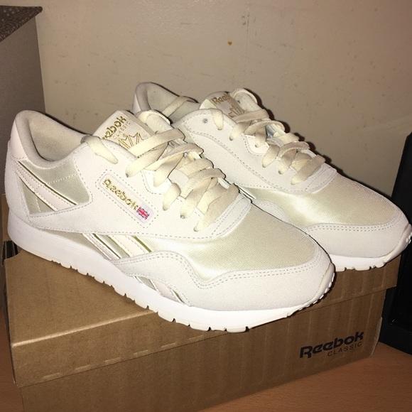 Reebok Shoes | Reebok Cream Colored
