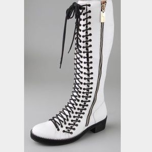 Lamb by Gwen Stefani Volera lace up boots in white