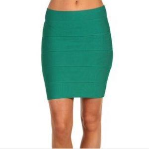 Bcbg max azria emerald green bandage skirt