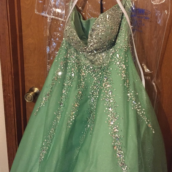 Alyce Paris Dresses | Beautiful Tinkerbell Ball Gown Style Prom ...