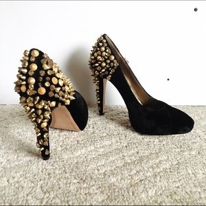 Sam Edelman Shoes - Sam Edelman edgy velvet pumps