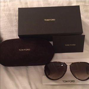✨SOLD✨Tom Ford Sunglasses ❤️