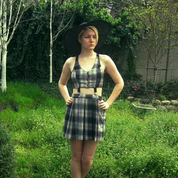 9cfeee4512 Forever 21 Dresses   Plaid Suspender Dress   Poshmark