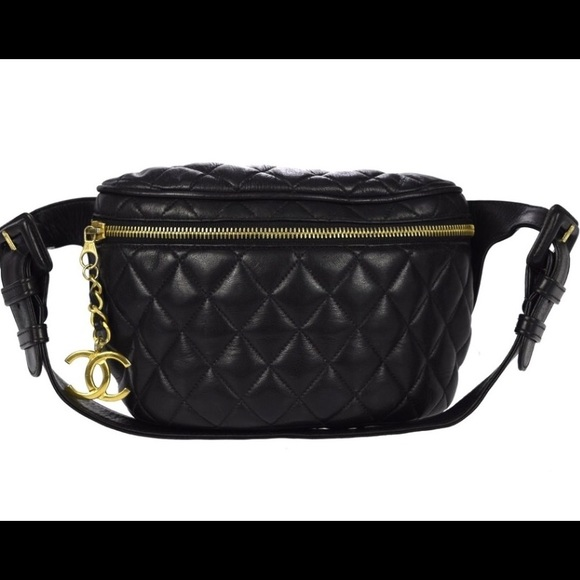 831a992f0f37 💕💯Authentic very rare CHANEL Black waist bag💕🌺
