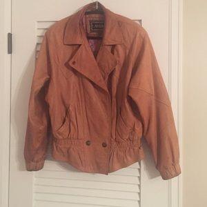  Vintage leather jacket!!