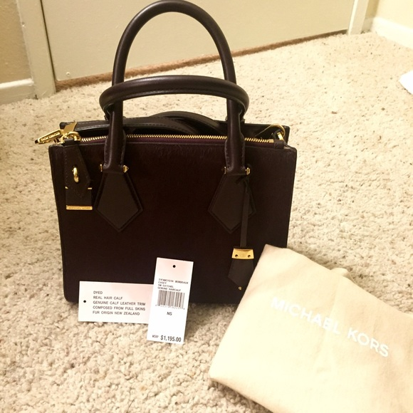 6d450d7ab1a9 Michael Kors Bags | Collection Small Casey | Poshmark