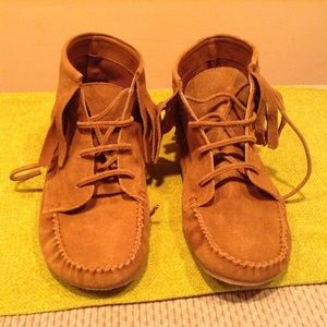 Shoes - Moccasin Fringe Booties