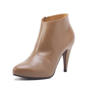 Balenciaga Shoes - NIB Tan Balenciaga Booties