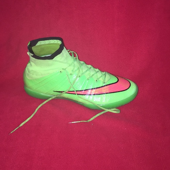 brand new 8555d 2f722 Nike mercurial superfly 4 street soccer/indoor