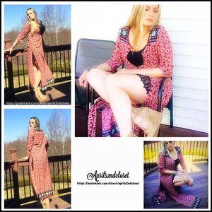 Romeo & Juliet Couture Accessories - Boho Long Kimono Cardigan