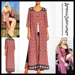 Romeo & Juliet Couture Other - KIMONO Boho Long Coverup Cardi