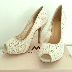 Cream Lace Peep Toe Stiletto Pumps