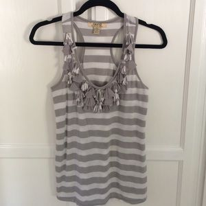 Fun grey and white razor back tank top, size S