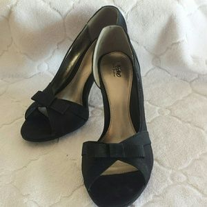 Black Peep Toe Heels with Bow - Size 9.5