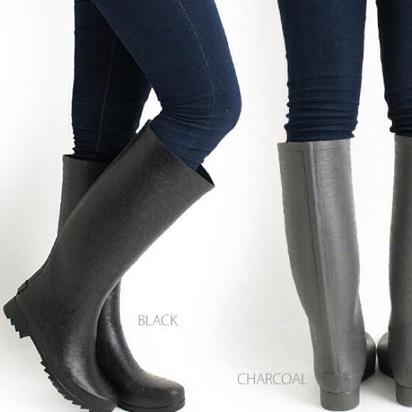 Ugg Rain Boots