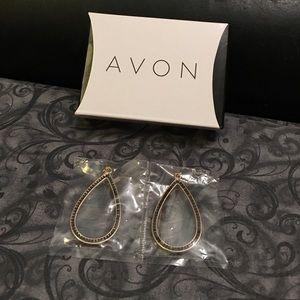 Avon Jewelry - Gold tone teardrop earrings