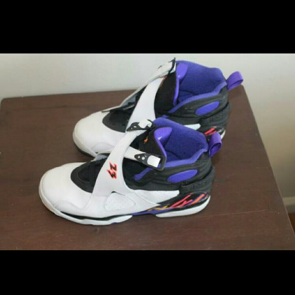 Nike Air Jordan Retro 8 size 7y