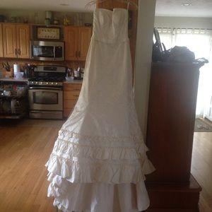 Dresses & Skirts - San Fransisco Wedding Dress