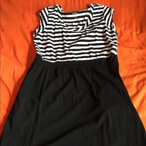 Rarely Worn | Old Navy Dress with Pockets! Size XL
