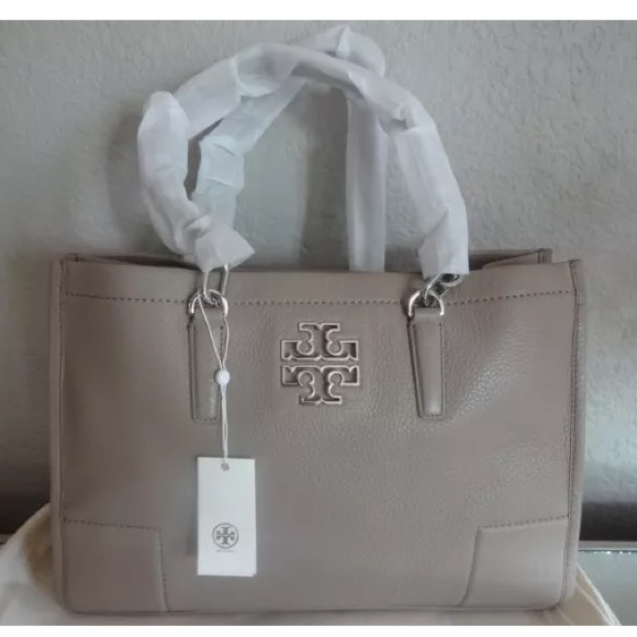 db795df1b794 NWT Tory Burch Britten Large Tote in French Gray