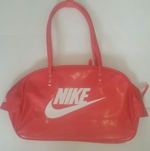 d8def75a05bf Nike Bags - Womens Nike Heritage Leather Shoulder Travel Bag