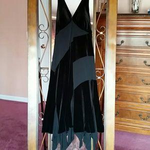 Cute halter  black dress.