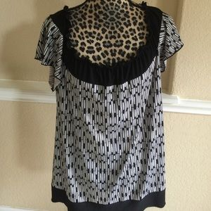 American city wear Tops - Black-and-white dressy blouse